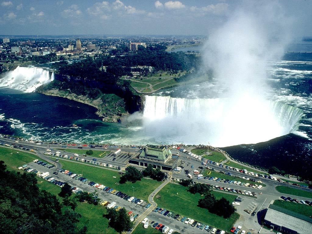 Ontario_Canada_Niagara_Falls