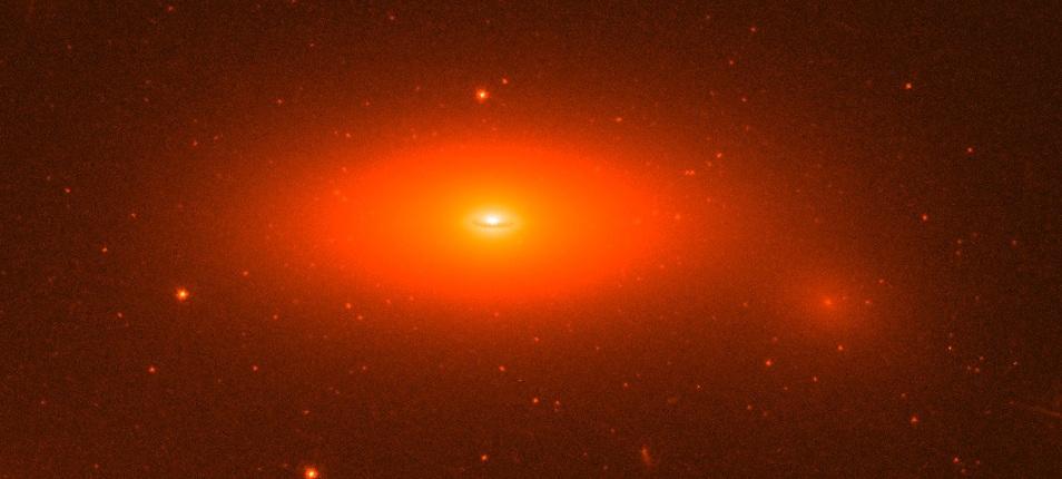NGC ۱۲۷۷