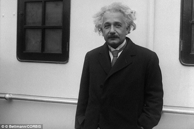 در سال 1905، آلبرت اینشتین محاسبه کرد که سرعت نور در خلاء 299792 کیلومتر در ثانیه است، اما مطالعات جدید نشان می دهد که شاید اینشتین اشتباه کرده است.