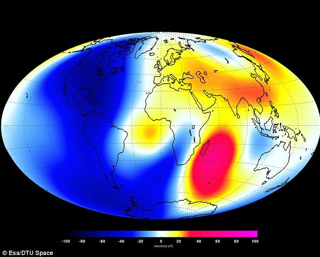 این نقشه تغییرات سیگنالهای مغناطیسی منتشر شده از هسته زمین را نشان می دهد. در منطقه آبی شاهد ضعیف تر شدن و در نقطه قرمز شاهد تقویت این میدان مغناطیسی هستیم.