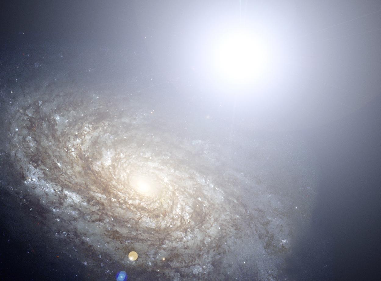 در این تصویر یک نوع ابر نواختر از نوع Ia را می بینید که نورش از میلیاردها کهکشان شناخته شده پر نورتر است. با اندازه گیری و شناخت ابر نواخترهای نوع Ia می توان به رازهای ماده تاریک و منابع نوری عجیب پی برد.