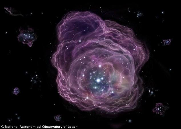 دانشمندان به شواهدی از ستارگان نسل اول جهان دست پیدا کردند. تصور بر این است با انفجار این ستارگان ابتدایی عناصر سنگین در نسل دوم ستارگان تشکیل شده است.