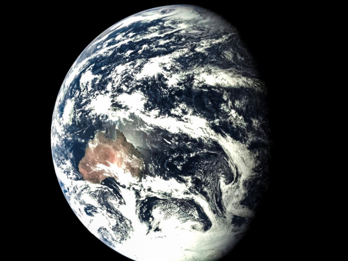 """نمایی از زمین """"نقطه ی آبی کمرنگ"""" که در 24 اکتبر 2014 توسط کاوشگر چینی به ثبت رسید."""