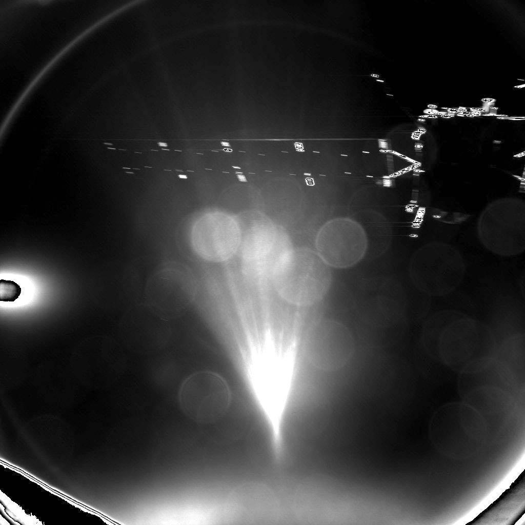 این تصویری است که کاوشگر فیلای در هنگام جدا شدن از فضاپیمای روزتا به ثبت رساند.