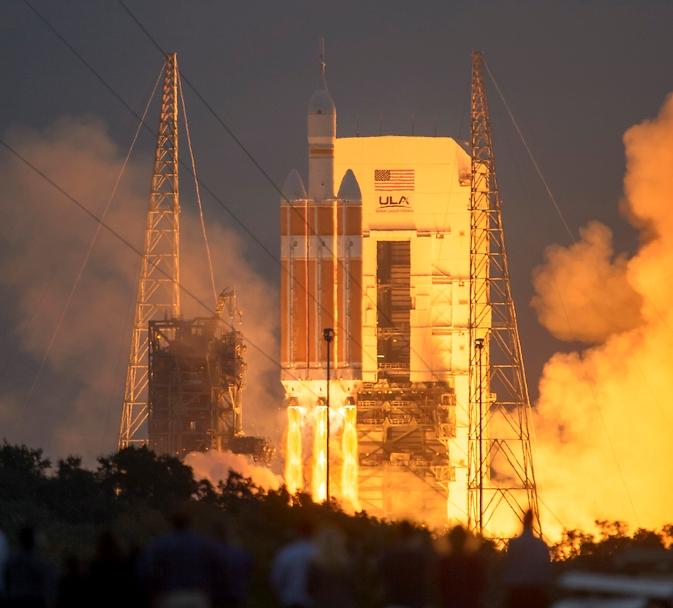 پرتاب کپسول فضایی اوریون توسط موشک سنگین دلتا 4