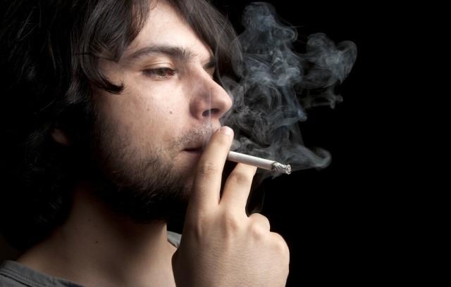 طبق تحقیقات کشیدن سیگار کروموزوم Y مردان که همان کروموزوم جنسی است را نابود می کند.