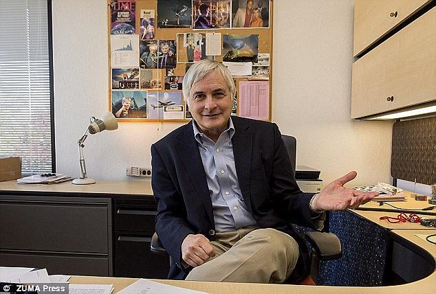 """تصویری از """"ست شوستاک"""" مدیر مؤسسه جستجوی هوش فرا زمینی(SETI)"""