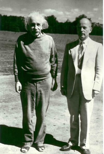 تصویری از ویلیام هرمان و آلبرت اینشتین