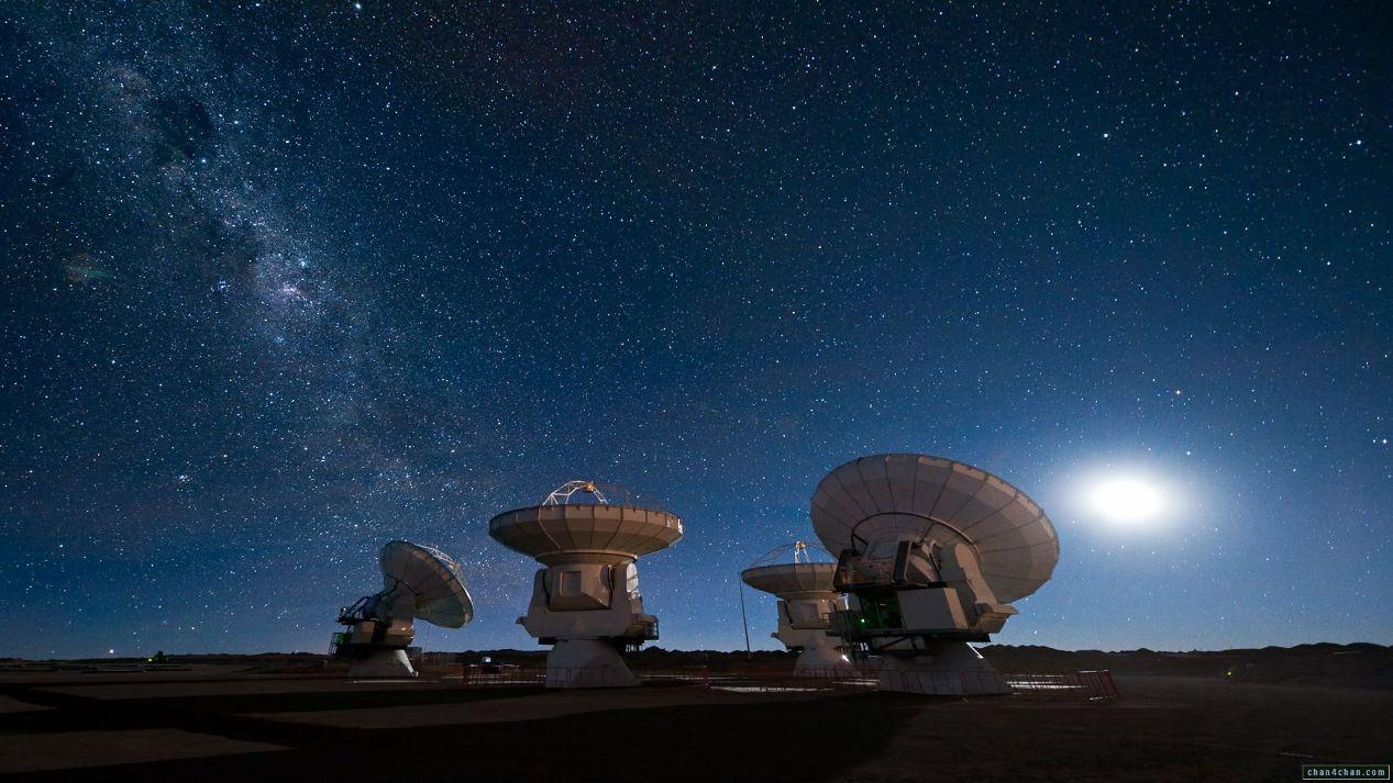 دانشمندان در صدد ارسال سیگنال به بیگانگان هوشمند فضایی هستند.