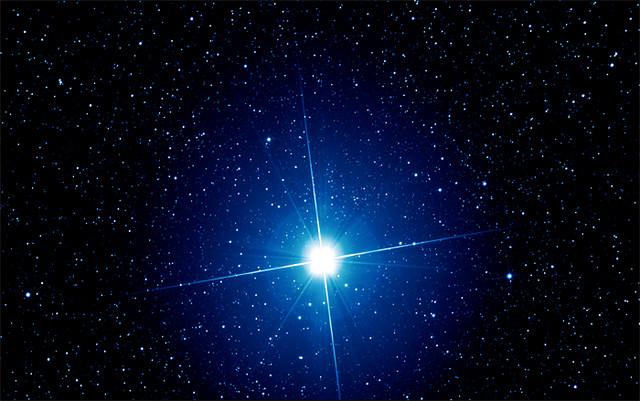 تصویری از ستاره ی شباهنگ (Sirius)