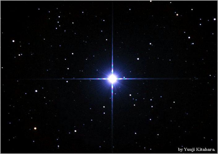 تصویری از ستاره ی رجل الجبار (Rigel)