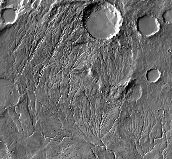 کانال های خشک شده و بر جا مانده از اثرات آب در مریخ منطقۀ Warrego Valles