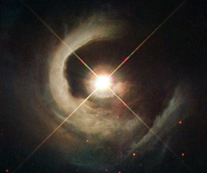 Hubble-Views-V1331-Cyg