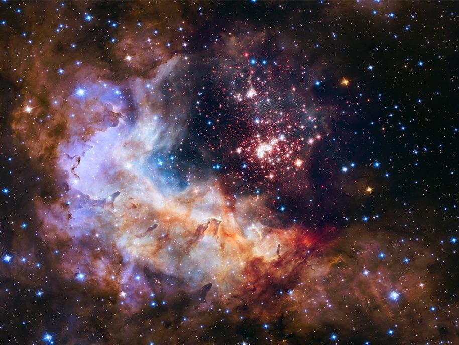 تصویری از خوشه ی بزرگ ستاره ای به اسم Westerlund 2 که به مناسبت 25 سالگی هابل در فضا منتشر شده است.
