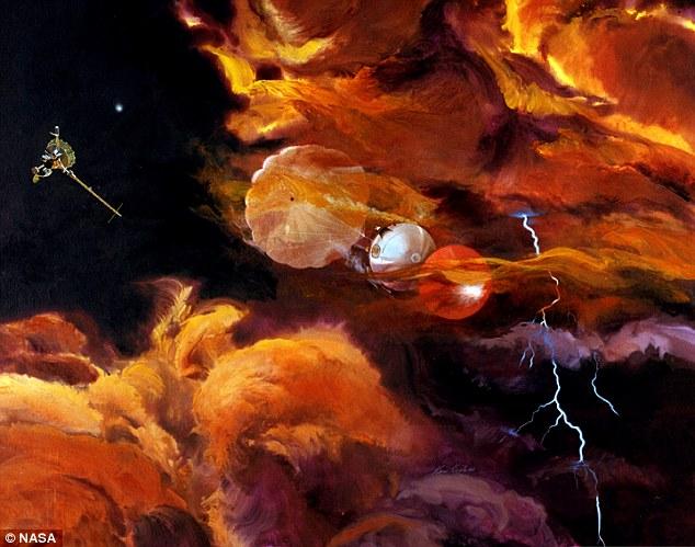 در دسامبر سال ۱۹۹۵ میلادی فضاپیمای گالیله کاوشگری را به درون جو مشتری فرستاد، این کاوشگر توانست تا عمق ۱۵۰ کیلومتری آن نفوذ کرده و قبل از تبخیر شدن برای اولین بار از جو مشتری نمونه برداری کند.