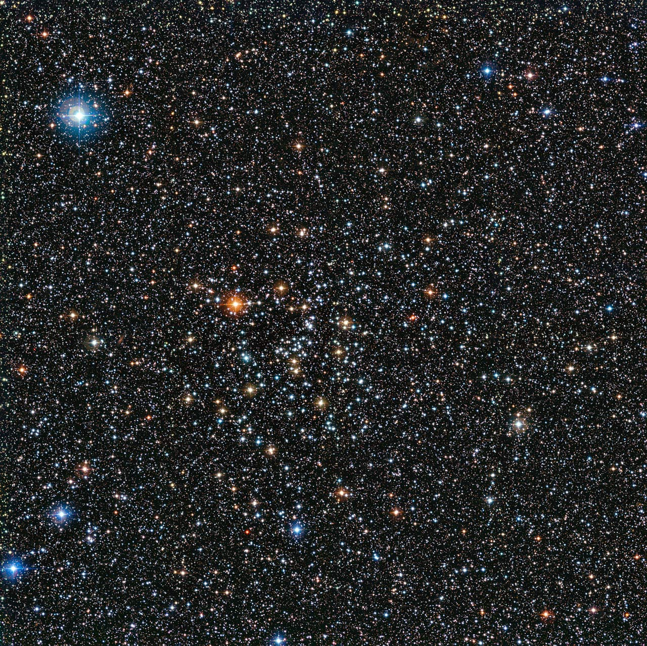 در این تصویر خوشه ی ستاره ای باز ic4651 را مشاهده می کنید.