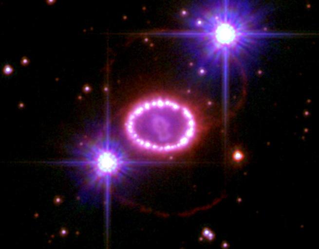 تصویری از ابرنواخترSN 1987A که از نوع Ia است.