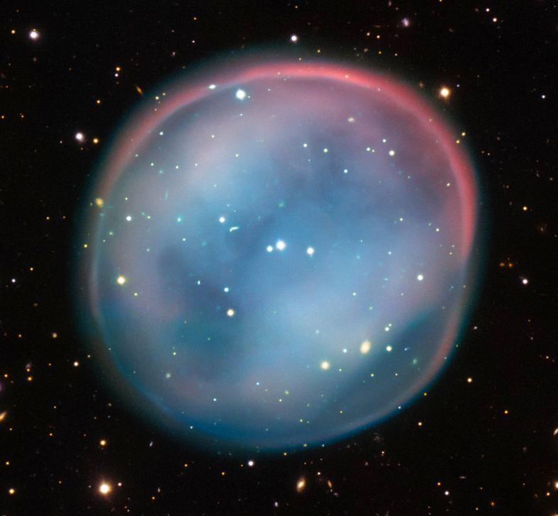 این تصویر سحابی سیاره نما  ESO 378-1  را نشان می دهد.