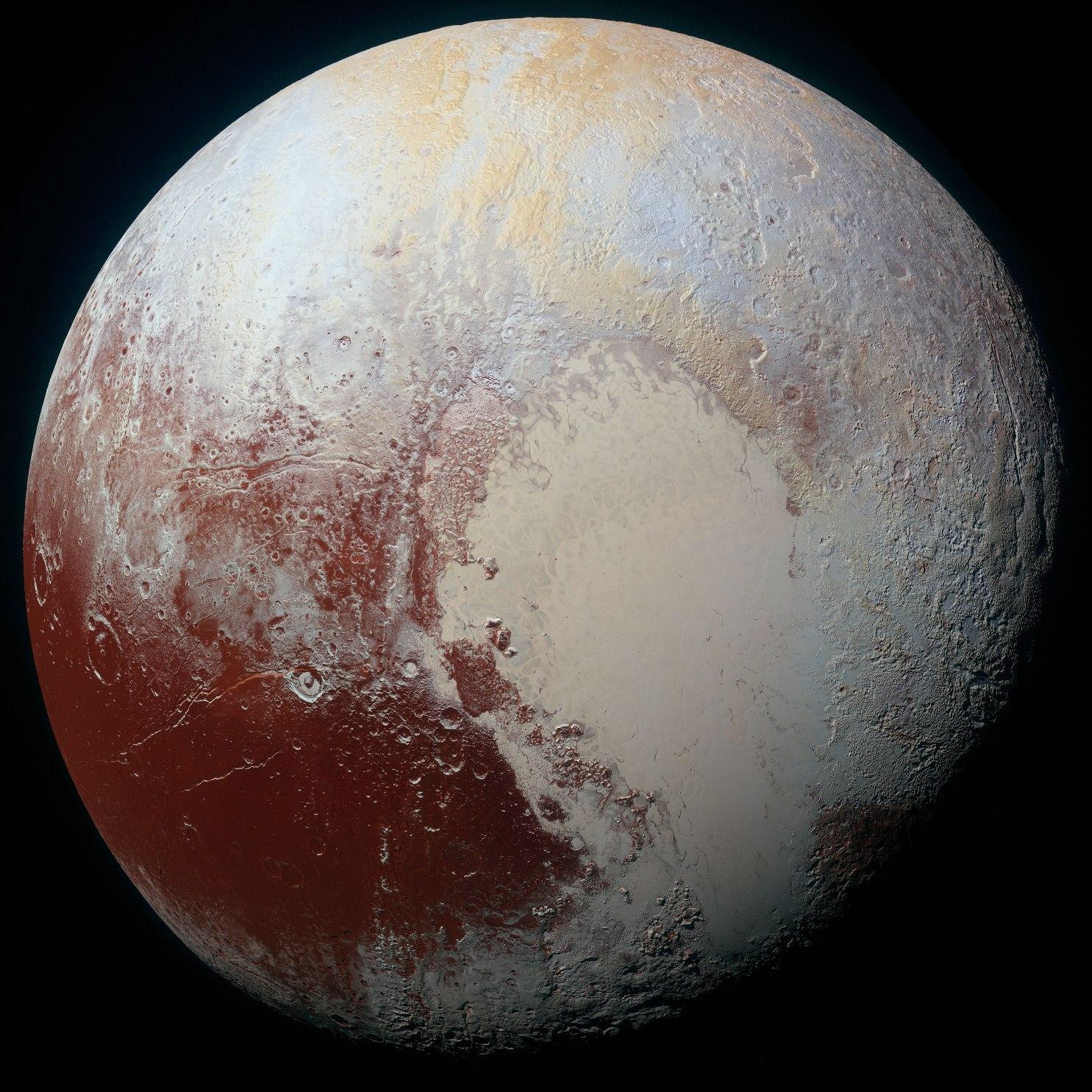 عکسی جدید و رنگی با کیفیت بالا از سیاره ی کوتوله ی پلوتو