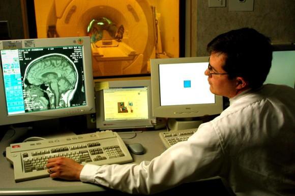 محققان حتی با نگاه کردن به درون مغز نیز نمی توانند افکار را ببینند.