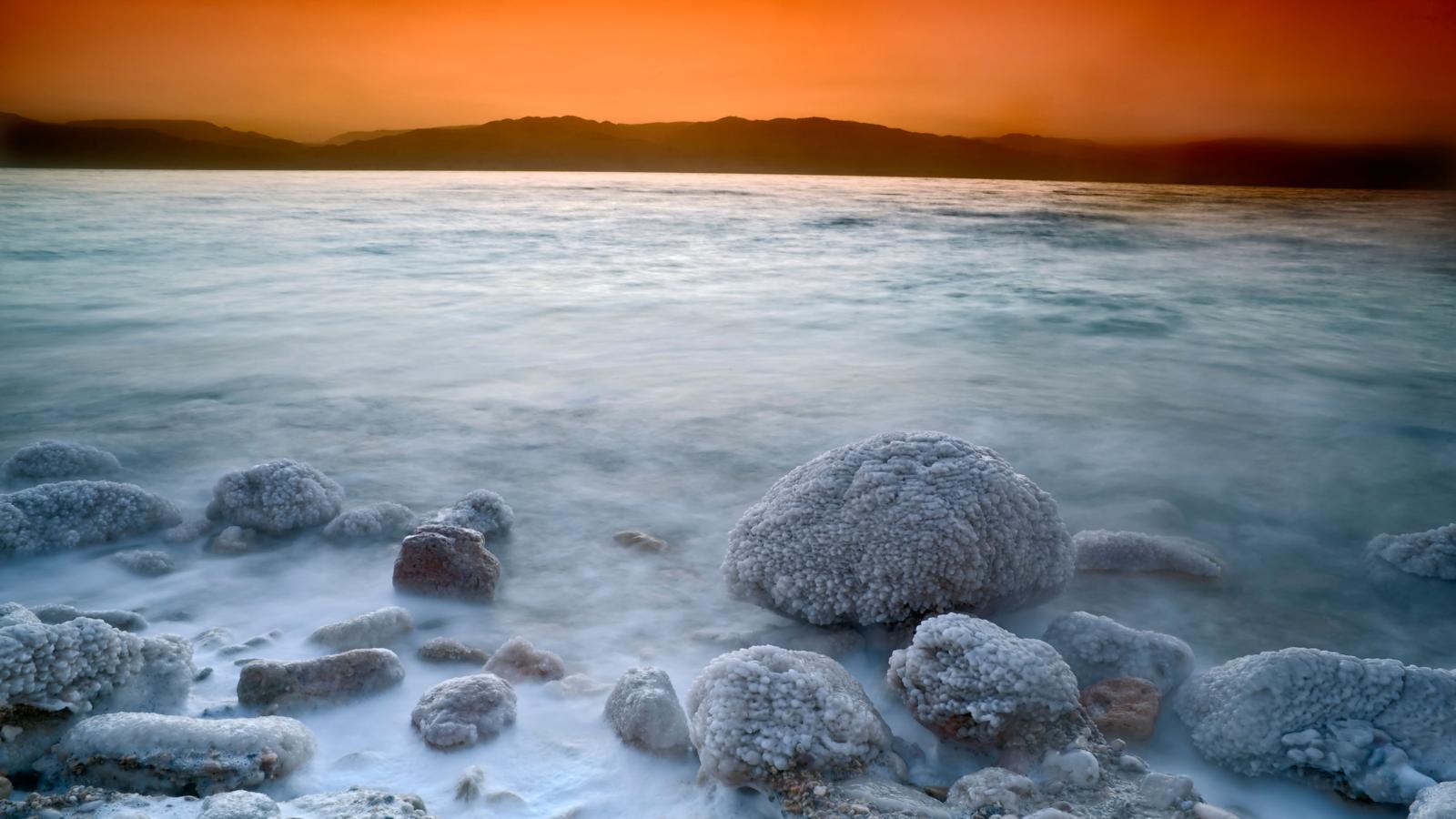 طلوع خورشید در دریای مرده(Dead Sea)