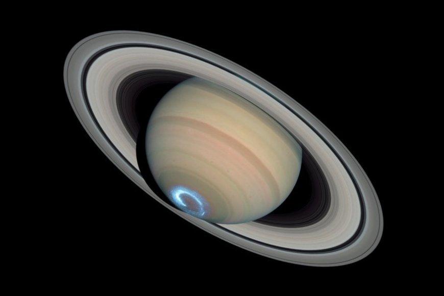 Saturn_Aurora