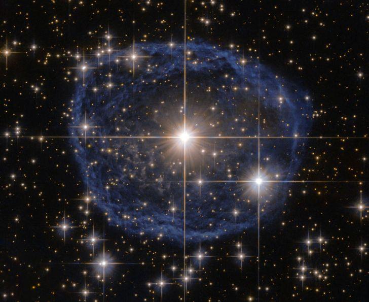 این عکس خارق العاده ستاره WR 31a است که توسط تلسکوپ فضایی هابل گرفته شده است.