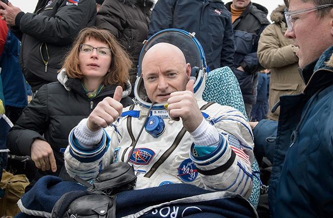 چهره ی اسکات کلی در هنگام بازگشت از فضا