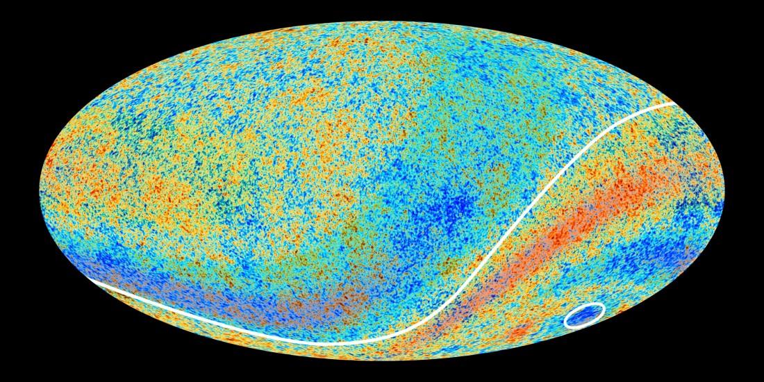 این تصویر که بر پایه ی داده های ماهوارۀ پلانک بدست آمده، تابش پس زمینه کیهانی درست ۳۸۰ هزار سال پس از بیگ بنگ را نشان می دهد.
