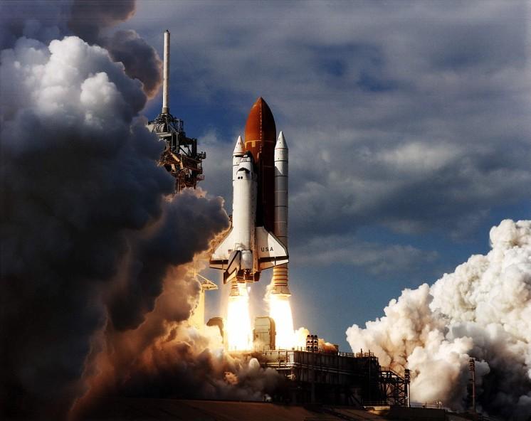 لحظه پرتاب شاتل کلمبیا به فضا
