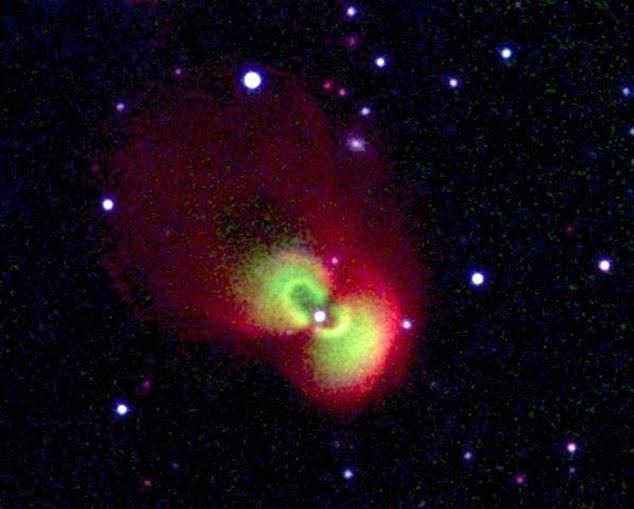 تصویری از ابرنواختری در نزدیکی کهکشان قنطوری آ که 570 بار درخشان تز ار نور خورشید است.