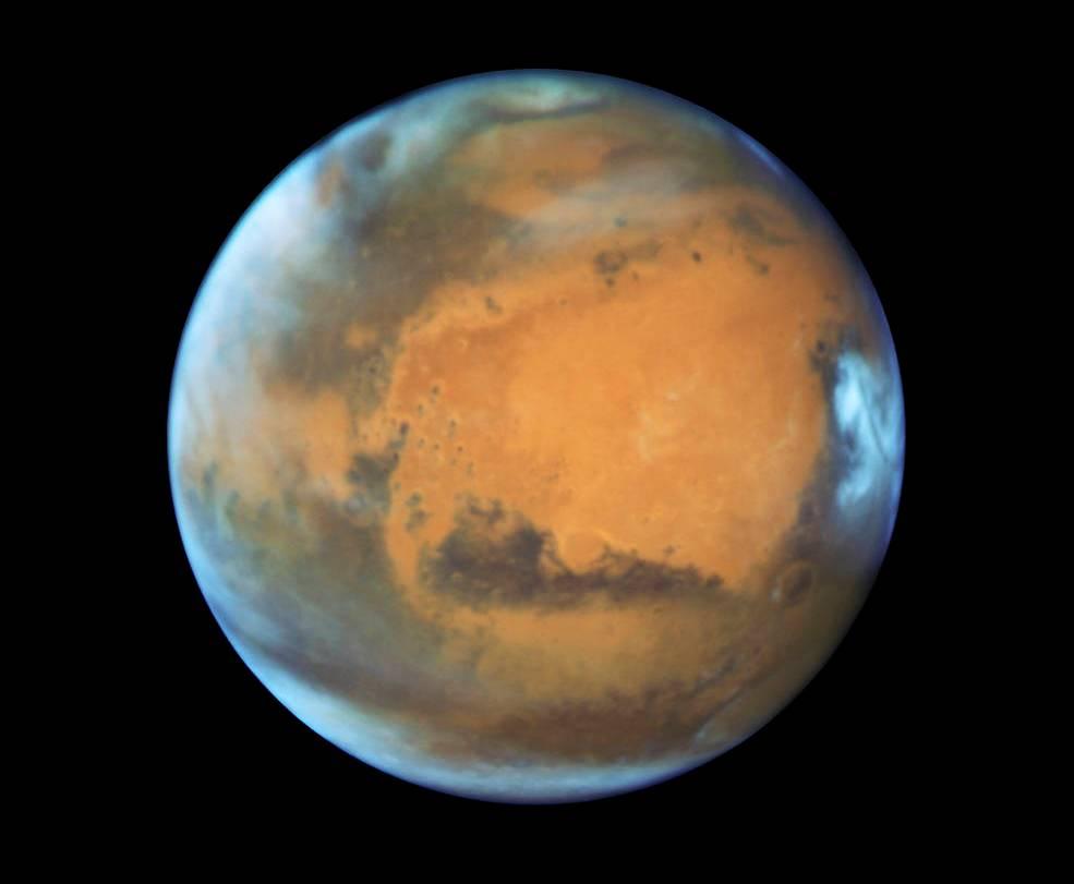 عکس جدید مریخ که تلسکوپ فضایی هابل در سال 2016 گرفته است.