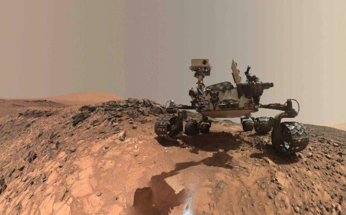 مریخ نورد کنجکاوی در سیاره ی سرخ