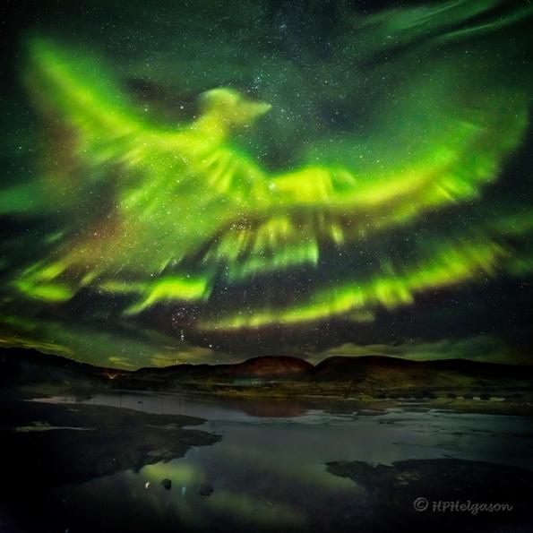 شفق قطبی بر فراز ایسلند