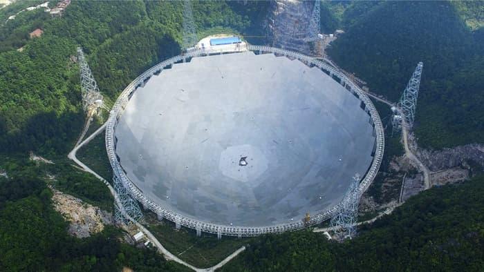 تصویری از بزرگترین تلسکوپ رادیویی جهان در چین