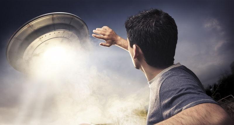 flying-saucer-alien-UFO-e1460935538878-800x430