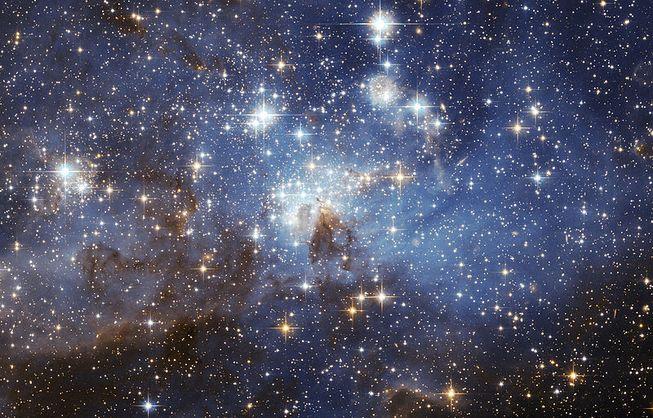 وقتی یک ستاره، تاریک میشود میتواند نشانی از وجود تمدن های پیشرفته ی در حال فعالیت باشد.