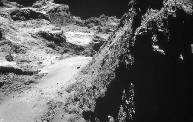philae-surface.jpg.838x0_q80