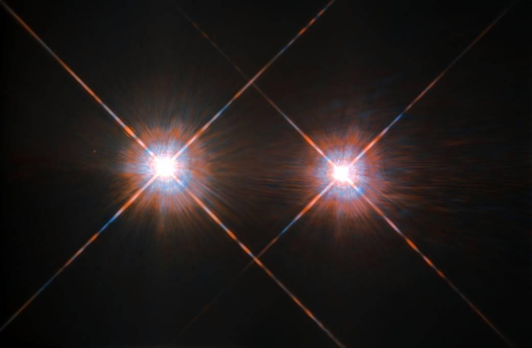 تصویری از ستاره ی آلفا قنطورس A و آلفا قنطورس B