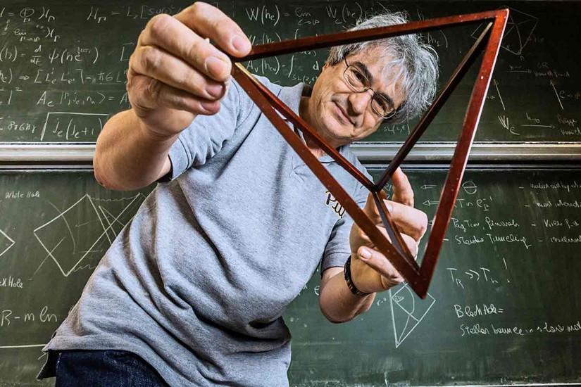 تصویری از کارلو روولی – فیزیکدان ایتالیایی