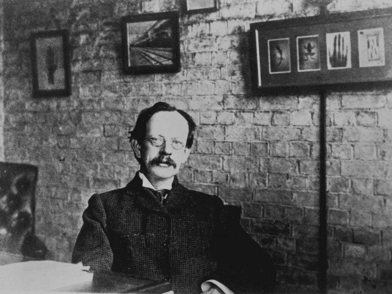 in-1897-j-j-thomson
