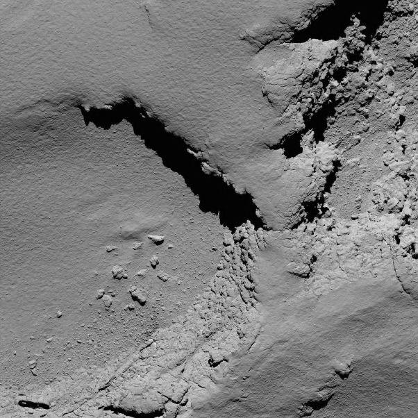 عکس دنباله دار از فاصله 5.8 کیلومتری فضاپیمای روزتا