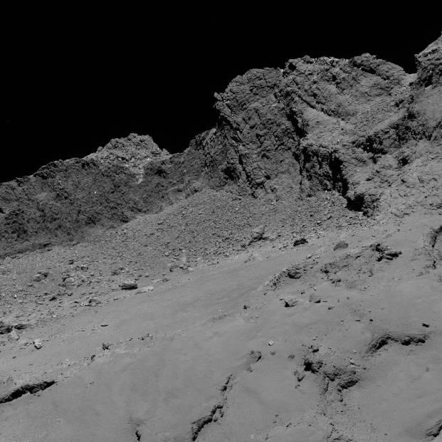 عکس دنباله دار از فاصله 16 کیلومتری فضاپیمای روزتا