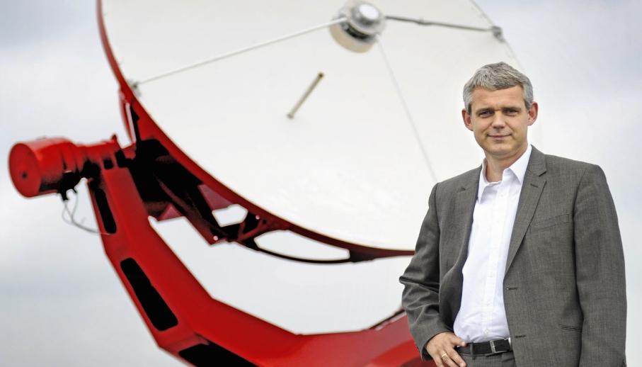 دکتر هینو فالک ستاره شناسی هلندی