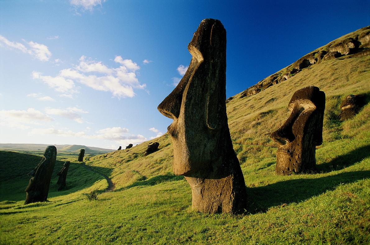 easter-island-statues-chile-daylight-adapt-1190-1