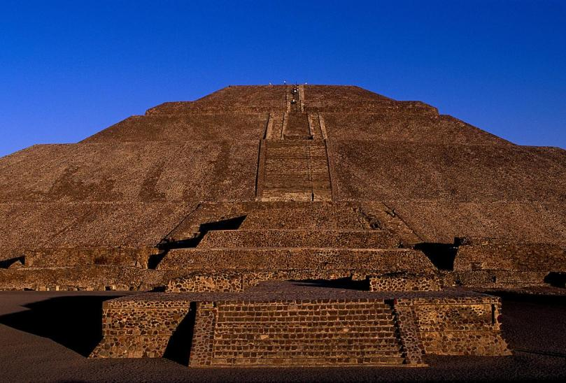 pyramid-of-the-sun-teotihuacan-mexico-adapt-1190-1