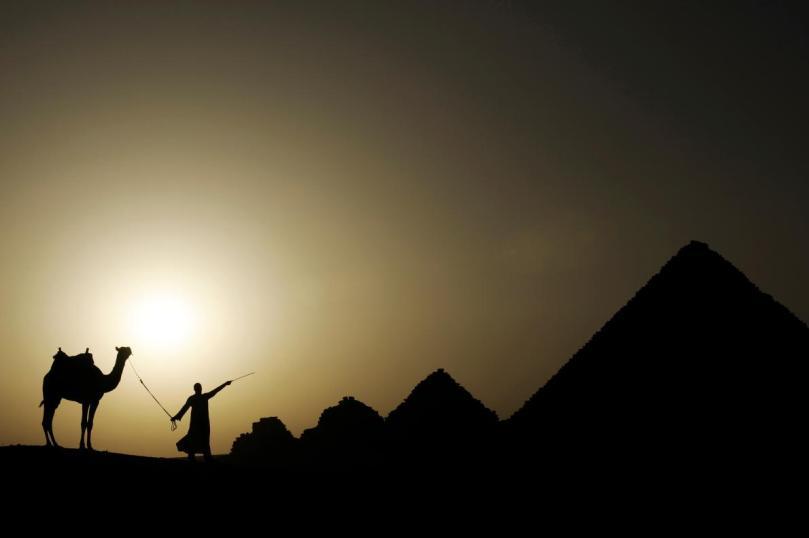 pyramids-giza-egypt-adapt-1190-1