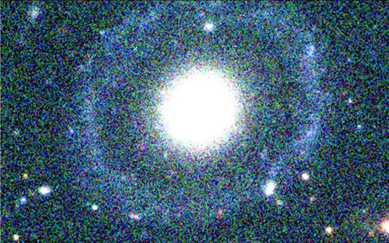 نمایی از کهکشان حلقه دار PGC 1000714 که به تازگی کشف شده است