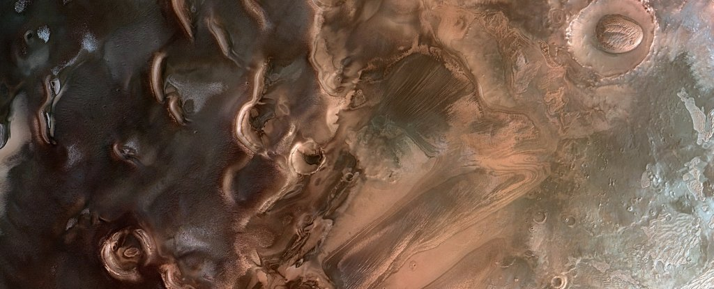 Springtime at Mars south pole