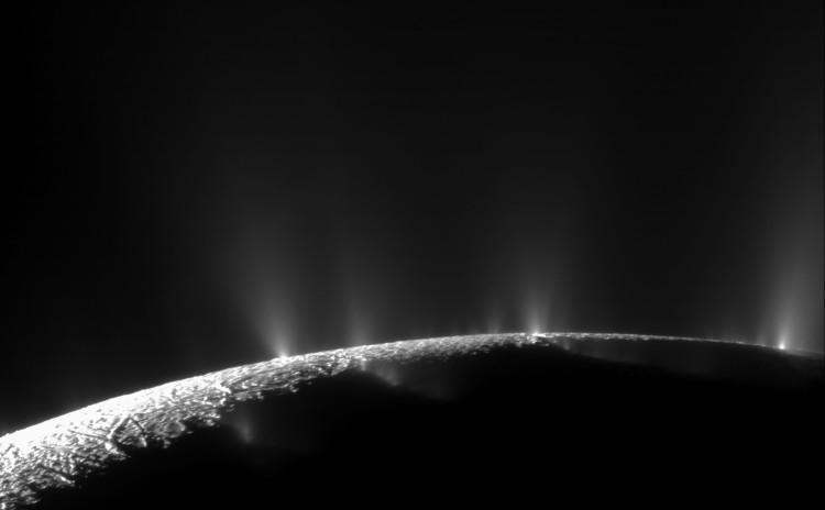 Enceladus geysers e x